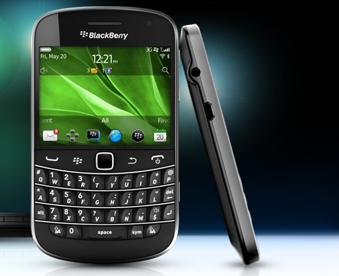 BlackBerry Bold 9900 smartphone review